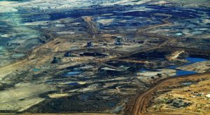Alberta tar sands / oil sands overhead shot. Alternatives Journal.