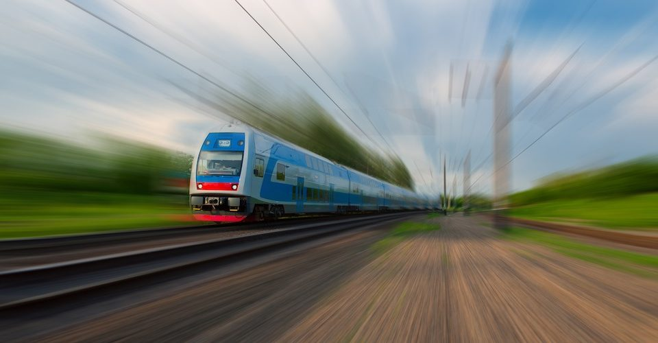 high speed train A\J AlternativesJournal.ca