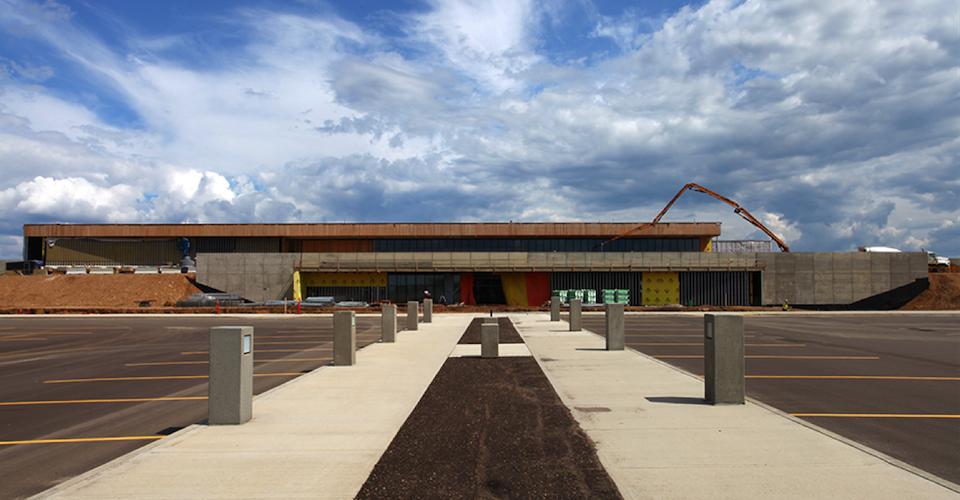 Fort McMurray airport expansion – McFarlane Biggar Architects + Designers