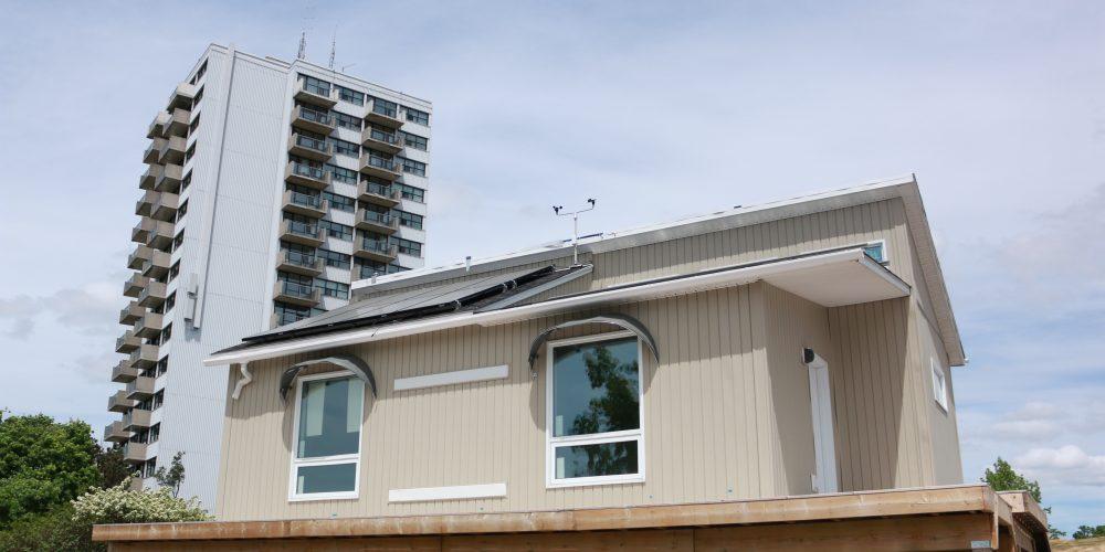 Queen's Solar Design Team's autonomous house