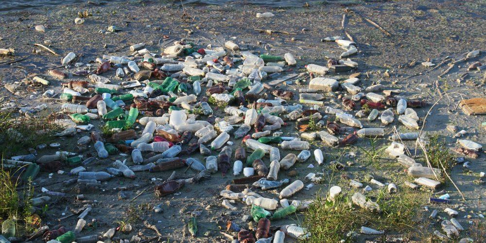 bottles-87342_1280